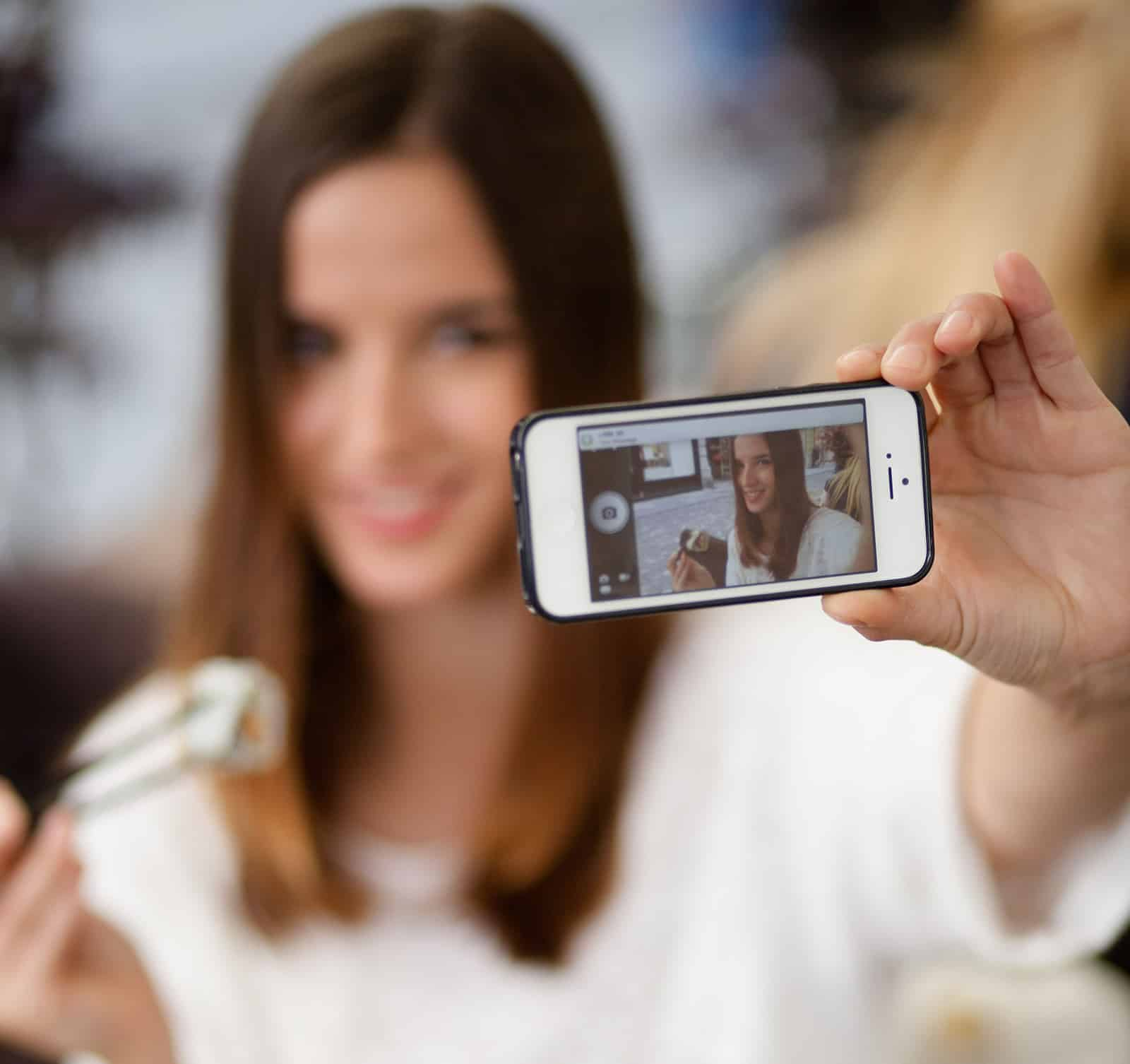 Photomonials Process - Take a Selfie